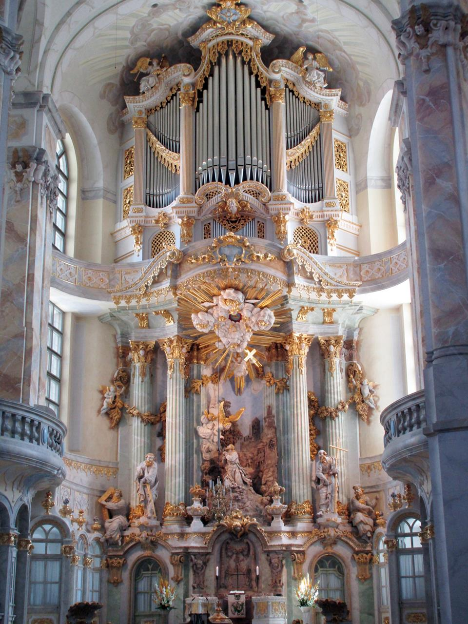 16DTW6WK IMG 2204 Frauenkirche